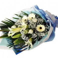 Ramo de gerberas blancos, rosas, lirios Casa
