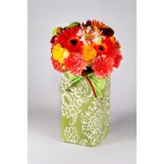 Ramo De Flores Mixtas En Caja Decorativa