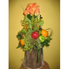 Frutas y rosas