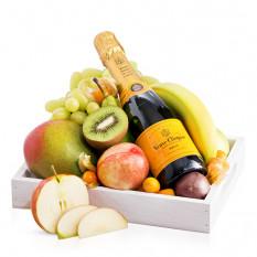 Bandeja de frutas con Veuve Clicquot
