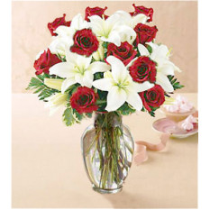 Amor tierno (6 rosas + 1 lirio)
