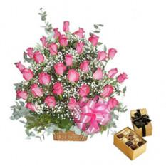 Cesta de ensueño (12 Rosas + Caja de Chocolates)