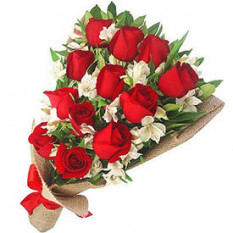 Bouquet de Rosas Premium (Ramo de 12 Rosas)