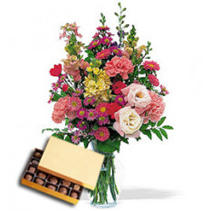 Delight Bouquet (Regular + Chocolates)