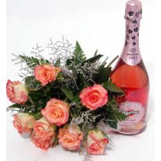 Martini Rose y un ramo de rosas rosadas