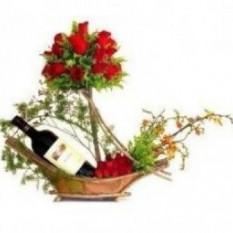 Canasta De Rosas Y Vino