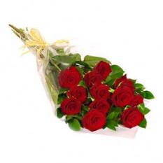 Ramo de una docena de rosas