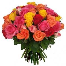 Bouquet de tres docenas de rosas de colores mezclados