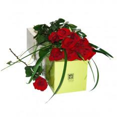 Caja de rosas rojas (pequeña)