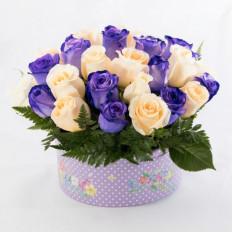 Rosas en caja redondeada