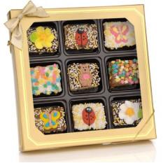 Barritas de arroz crujientes de chocolate con resorte - Caja de regalo para ventana de 9