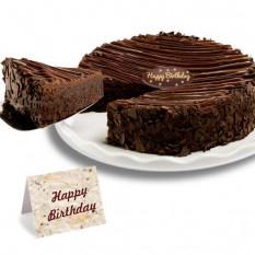 Cumpleaños -Triple la torta de chocolate revestidos del brownie